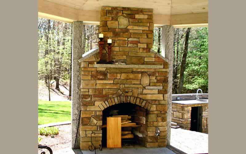 Outdoor Living Areas By Laquerre Masonry